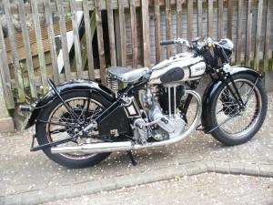 K King 1935 Model 18